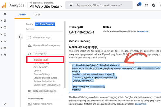 Anda harus menyalin kode pelacakan Google Analytics